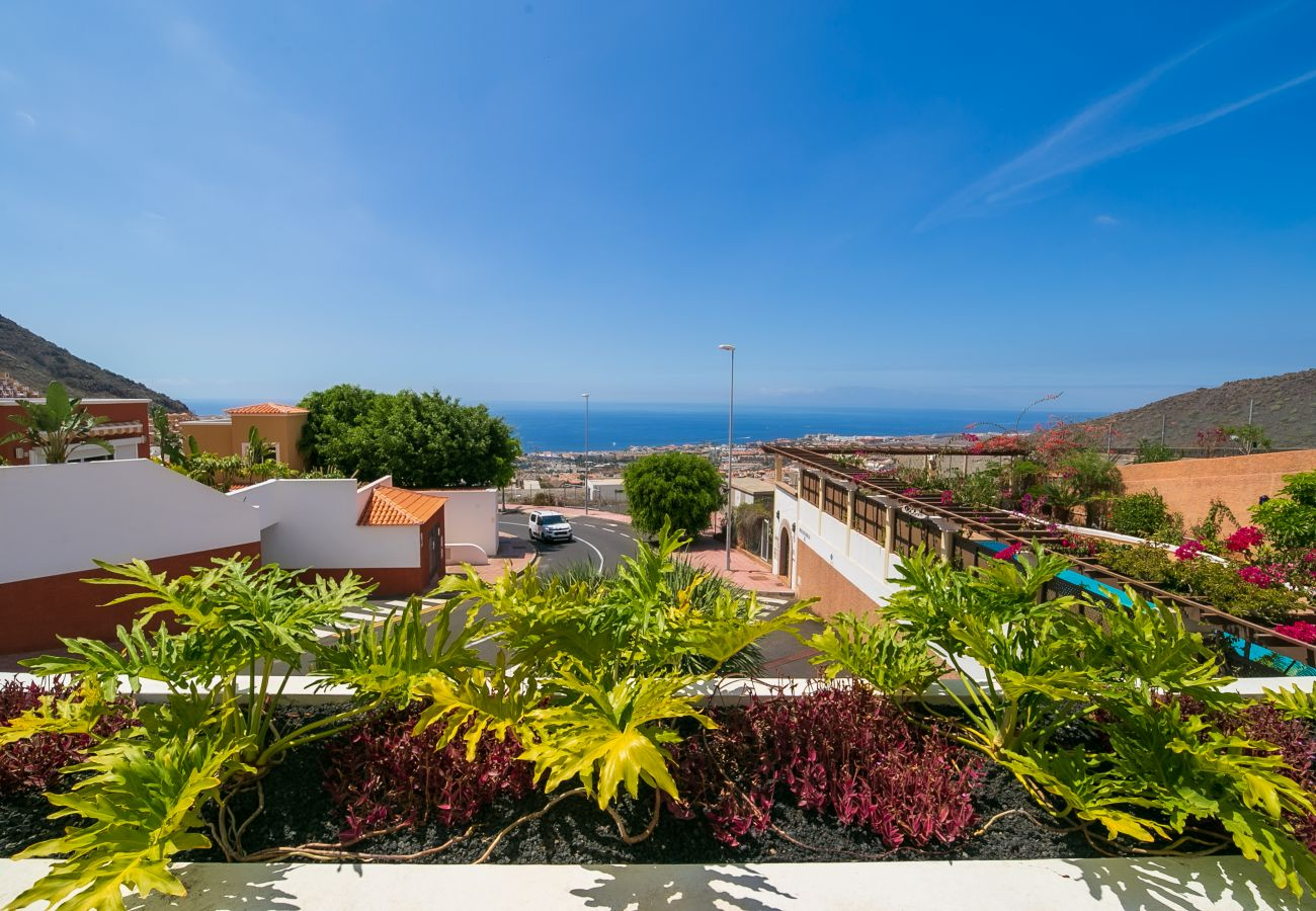 Villa en Adeje - Amazing Villa Sea View FREE WIFI