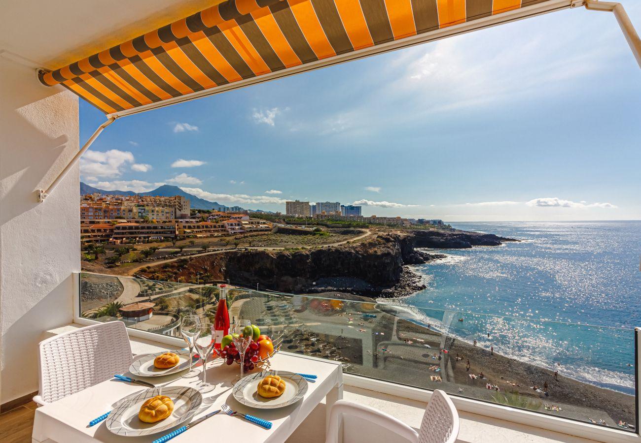 Apartamento en Callao Salvaje - Amazing view FREE WIFI