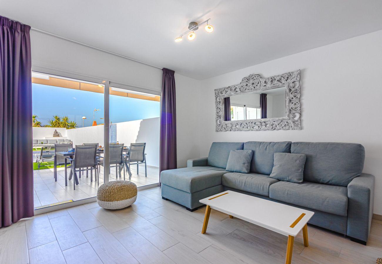 Casa adosada en Callao Salvaje - Chill Out House FREE WIFI
