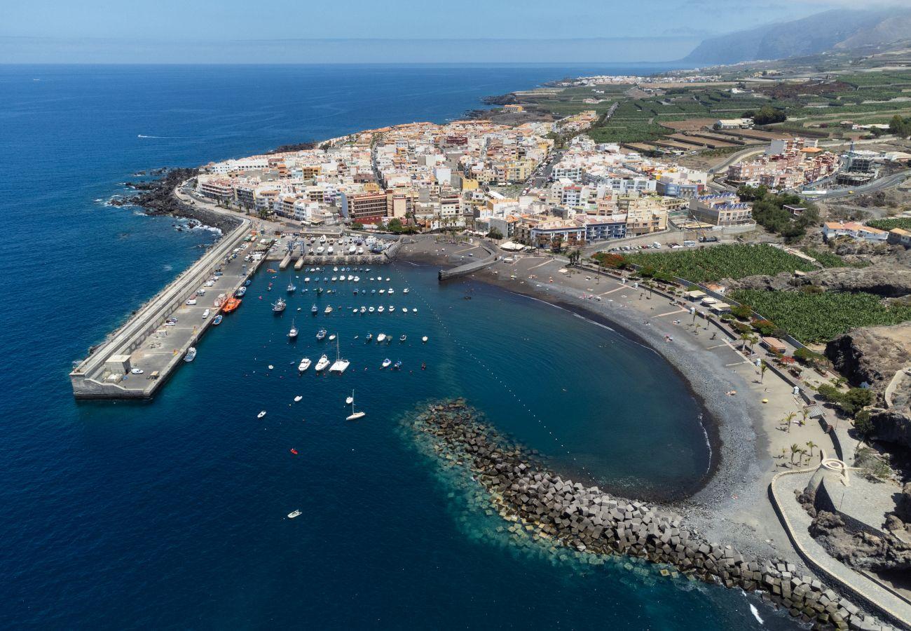 Apartment in Playa de San Juan - Touching the Sea FREE WIFI