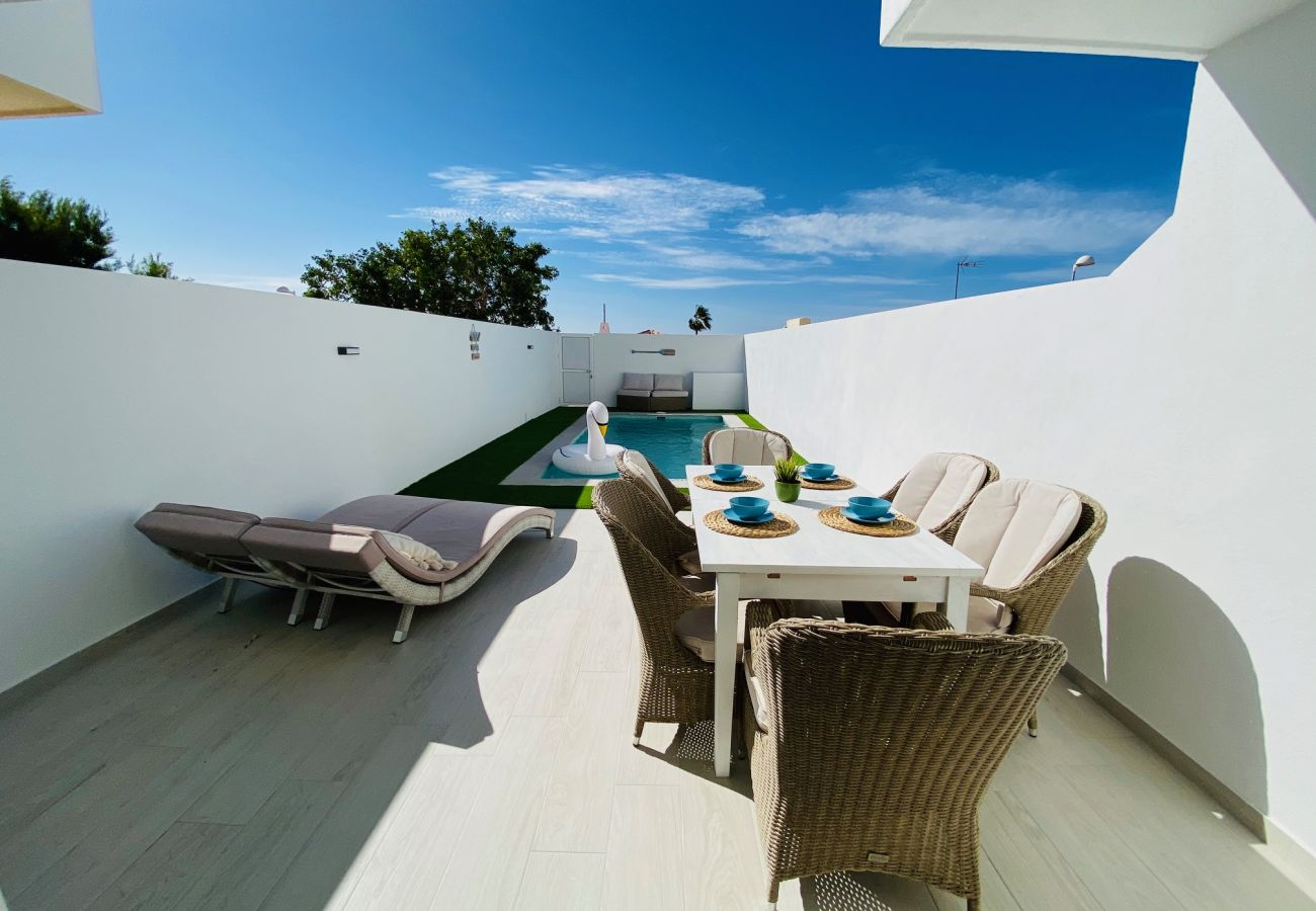 Townhouse in Callao Salvaje - Amazing Sunset View House FREE WIFI